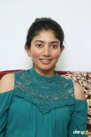 Kanam Heroine Sai Pallavi Interview Photos (7)