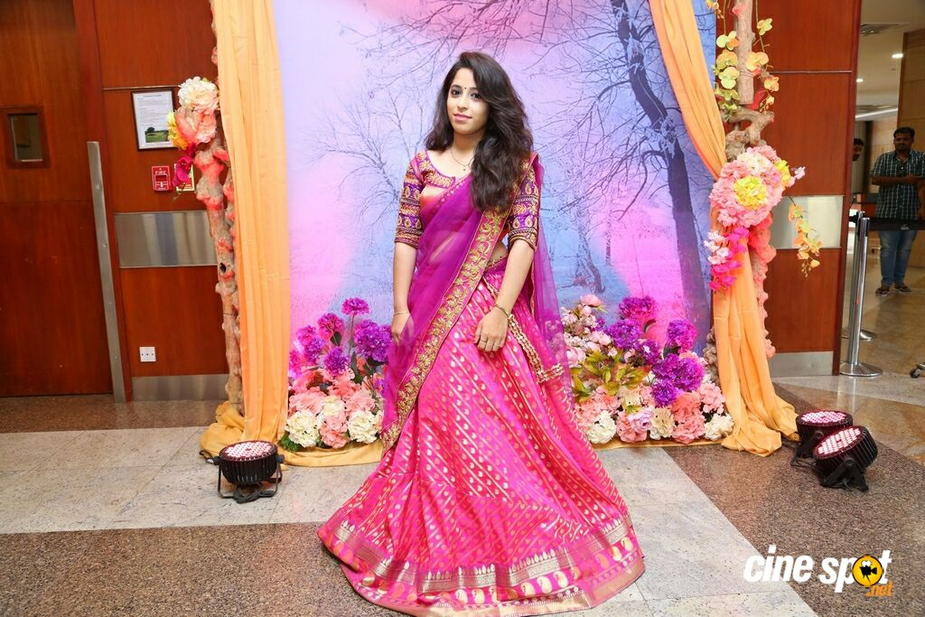 Jhanvi Bajaj Inaugurates Trendz Expo At HICC (10)