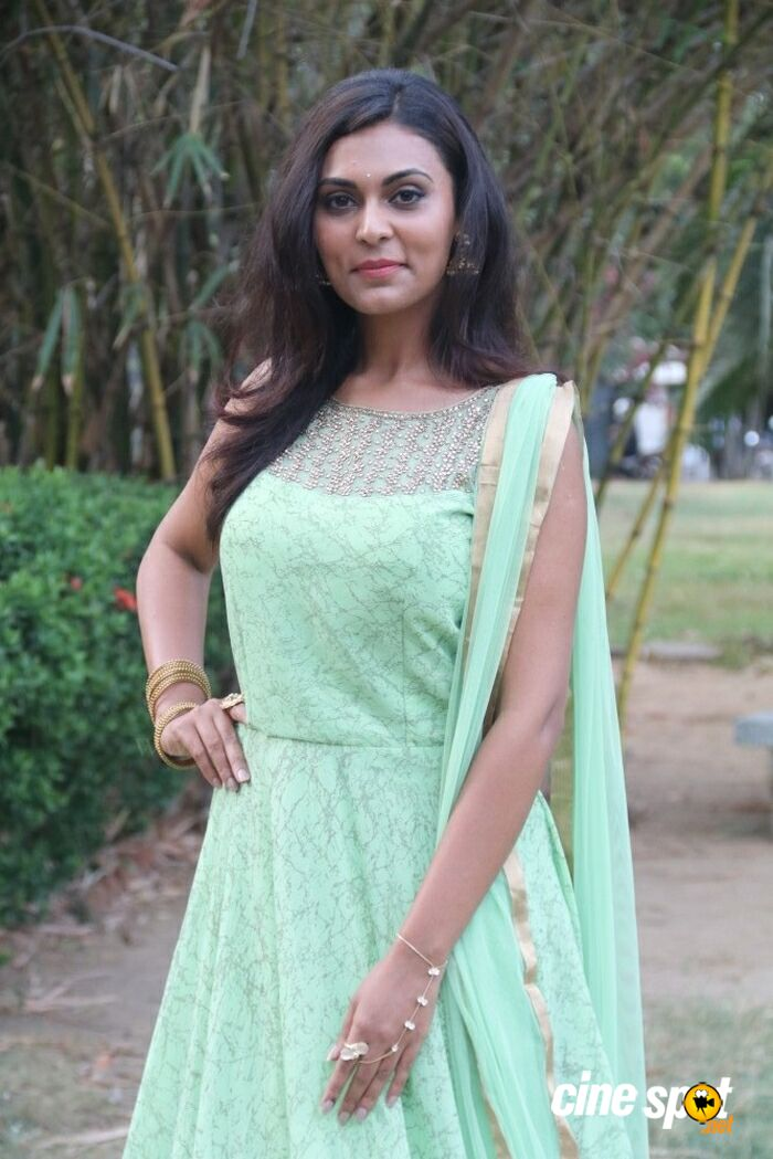 Vaishali at Antony Audio Launch (5)