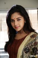 Amala Paul in Velan Ettuthikkum (2)
