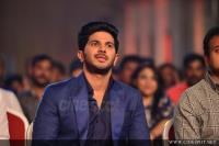 Dulquer Salmaan at Asianet Film Awards 2018 (4)