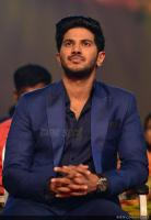 Dulquer Salmaan at Asianet Film Awards 2018 (6)
