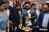Ram Charan Launches Happi Mobiles Store (13)