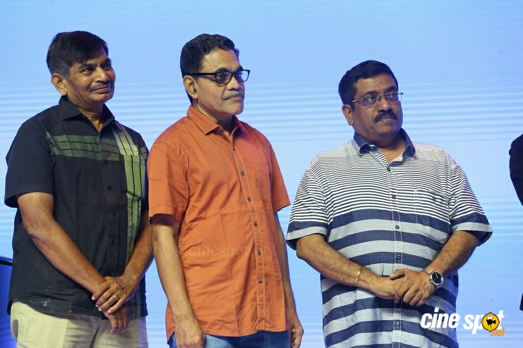 Naa Nuvve Movie Pre Release Event (53)