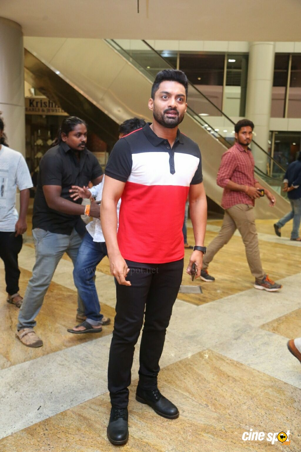 Naa Nuvve Movie Pre Release Event (8)