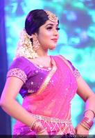 Shamna Kasim Dance Performance in Queen of Dhwayah 2018 (1)