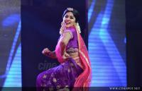 Shamna Kasim Dance Performance in Queen of Dhwayah 2018 (10)