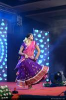 Shamna Kasim Dance Performance in Queen of Dhwayah 2018 (4)