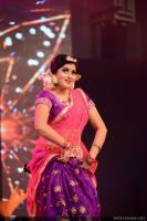 Shamna Kasim Dance Performance in Queen of Dhwayah 2018 (7)