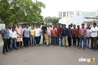 100 Percent Kaadhal Shooting Completed Photos