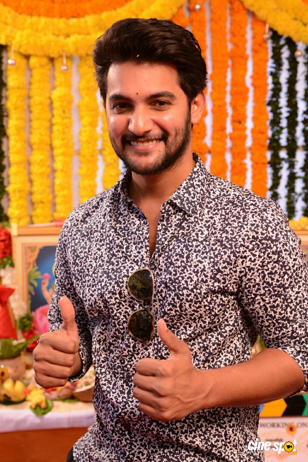 Aadi at Burrakatha Movie Opening (6)