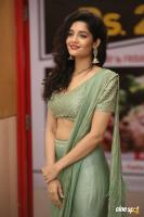 Actress Ritika Singh photoshoot (14)