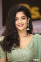 Actress Ritika Singh photoshoot (19)