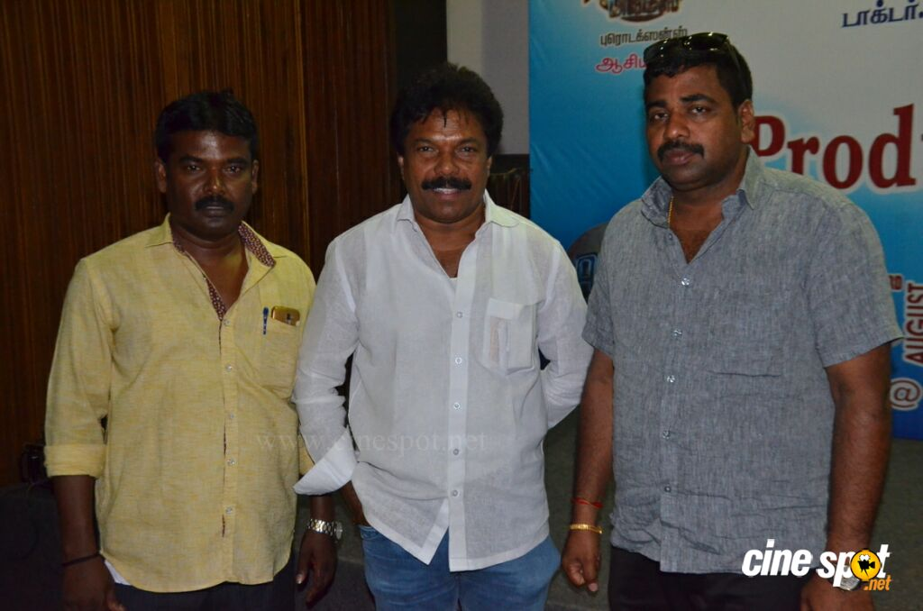 Kelvikkenna Bathil Movie Launch (2)