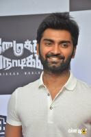 Atharvaa at Imaikkaa Nodigal Thanks Meet (8)