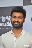 Atharvaa at Imaikkaa Nodigal Thanks Meet (5)