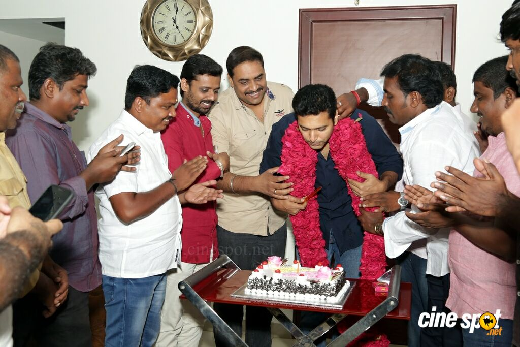 Jayam Ravi Birthday Celebration 2018 (3)