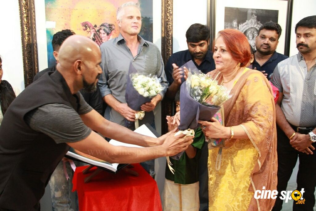 Medley Of Art By L Ramachandran Gallery Exhibition & Book Launch (18)