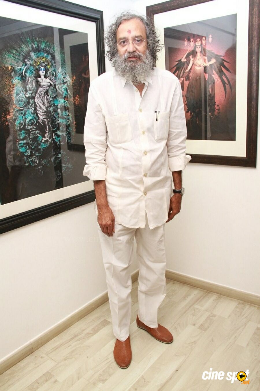 Medley Of Art By L Ramachandran Gallery Exhibition & Book Launch (31)