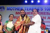 Raghava Lawrence Receives Mother Teresa Award (7)