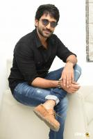 U Turn Actor Aadhi Pinisetty Interview Photos (25)