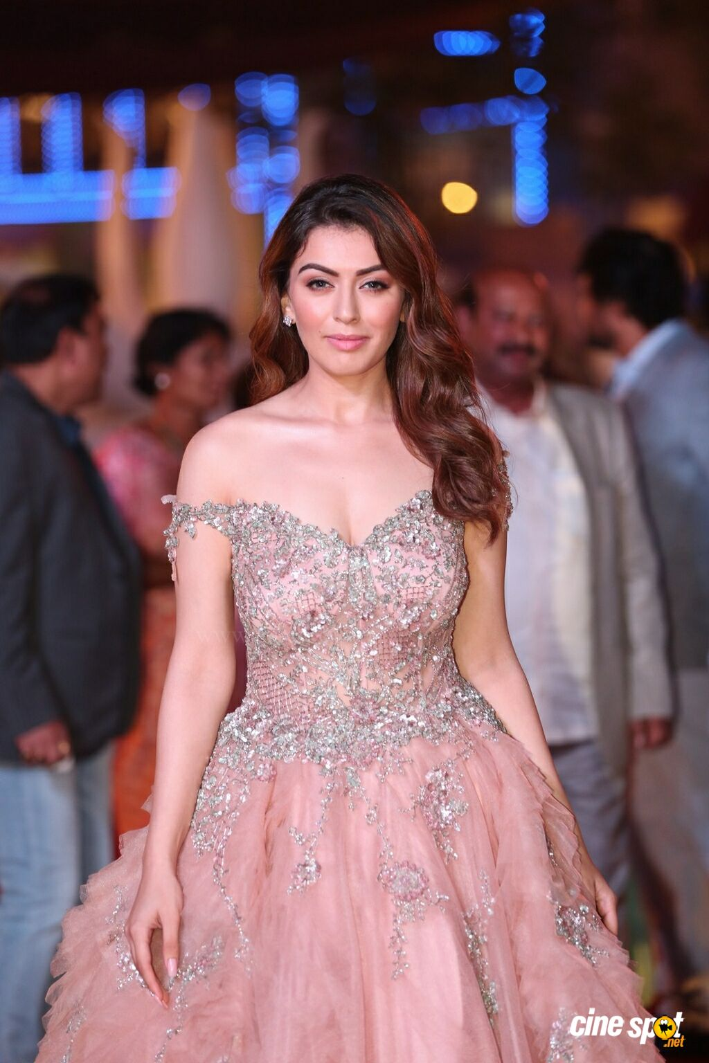 Hansika Motwani at SIIMA Awards 2018 Red Carpet (2)