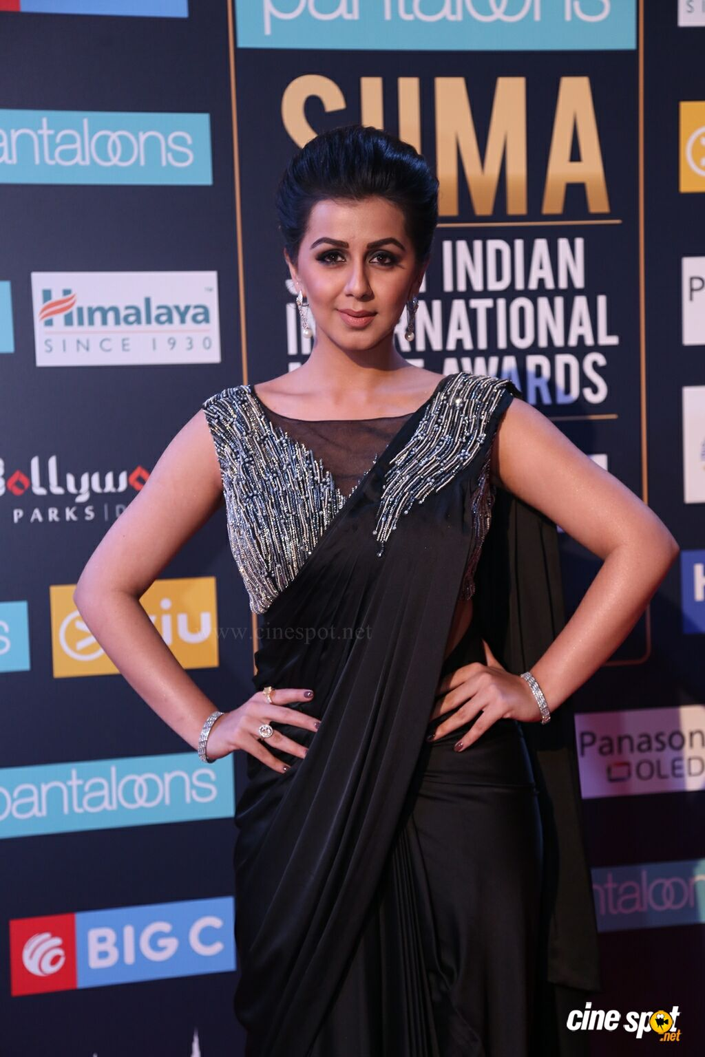 Nikki Galrani at SIIMA 2018 (2)