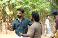 Theevandi Working Stills (1)