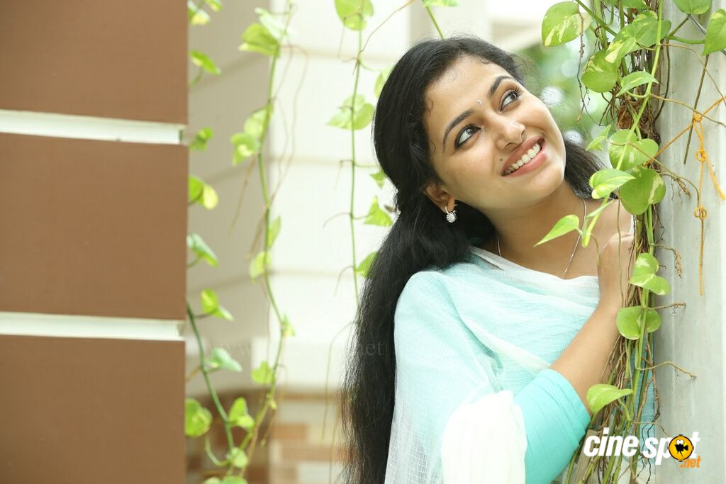 Anu Sithara in Johny Johny Yes Appa (1)