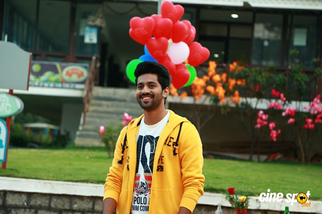 Crazy Crazy Feeling Movie New Stills (7)