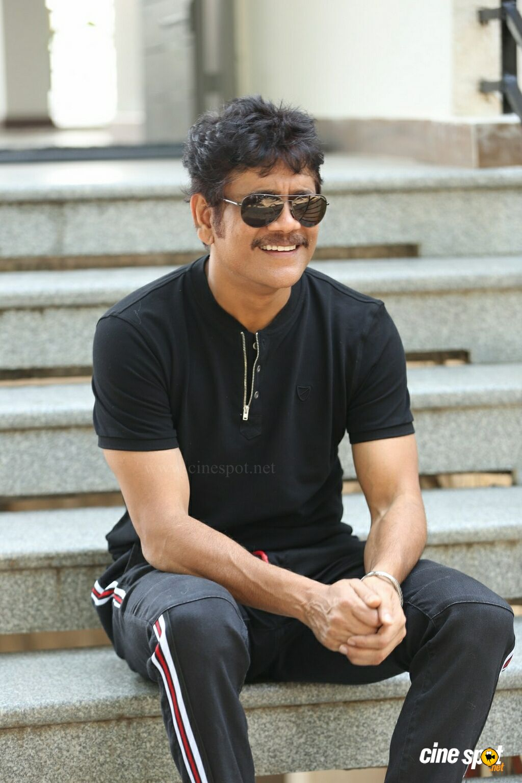 Akkineni Nagarjuna Interview Pics (18)