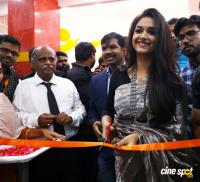 Keerthy Suresh Launches Happi Mobiles Store (26)