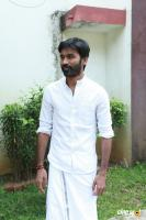 Dhanush at Vada Chennai Press Meet (10)