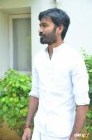 Dhanush at Vada Chennai Press Meet (5)