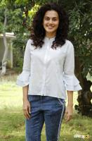 Taapsee Pannu at Game Over Movie Pooja (3)