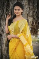 Pooja Kumar Latest PhotoShoot (3)
