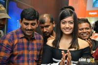 Rashmika Mandanna Launches Happi Mobiles Store (13)