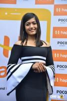 Rashmika Mandanna Launches Happi Mobiles Store (6)