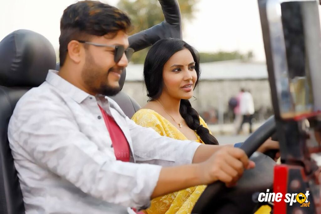 Orange Movie Stills (5)