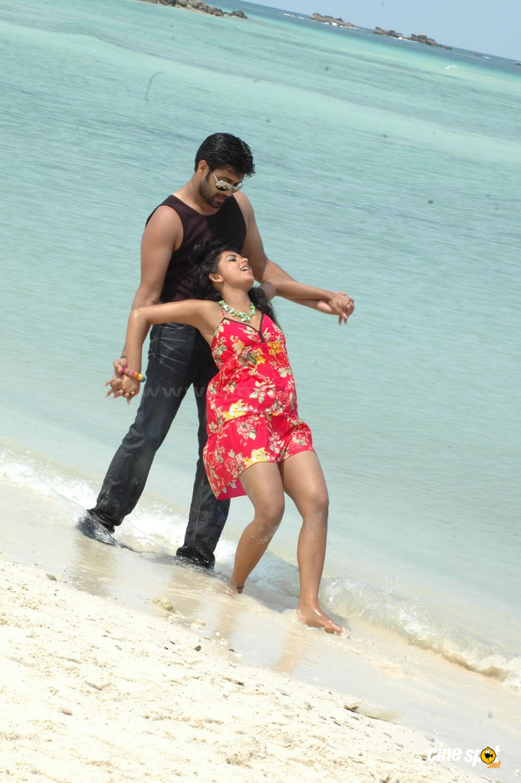 Ayutha Poratam movie stills,photos (102)