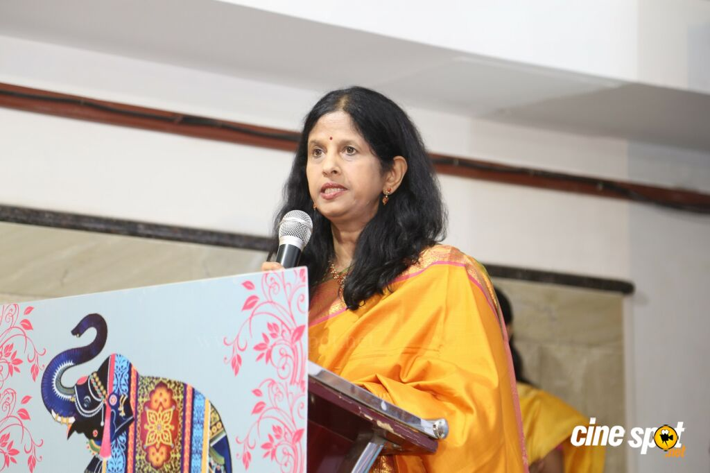 Arul Tharum Aalaya Tharisanam Book Launch (4)