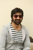 Amar Akbar Anthony Hero Ravi Teja Interview Photos (13)