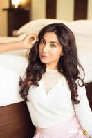 Parvatii Nair Latest PhotoShoot Images (4)
