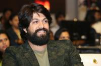Yash at KGF Movie Pre Release Event (5)