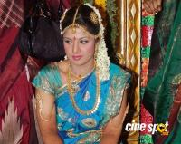 Rambha Marriage Wedding Photos (5)