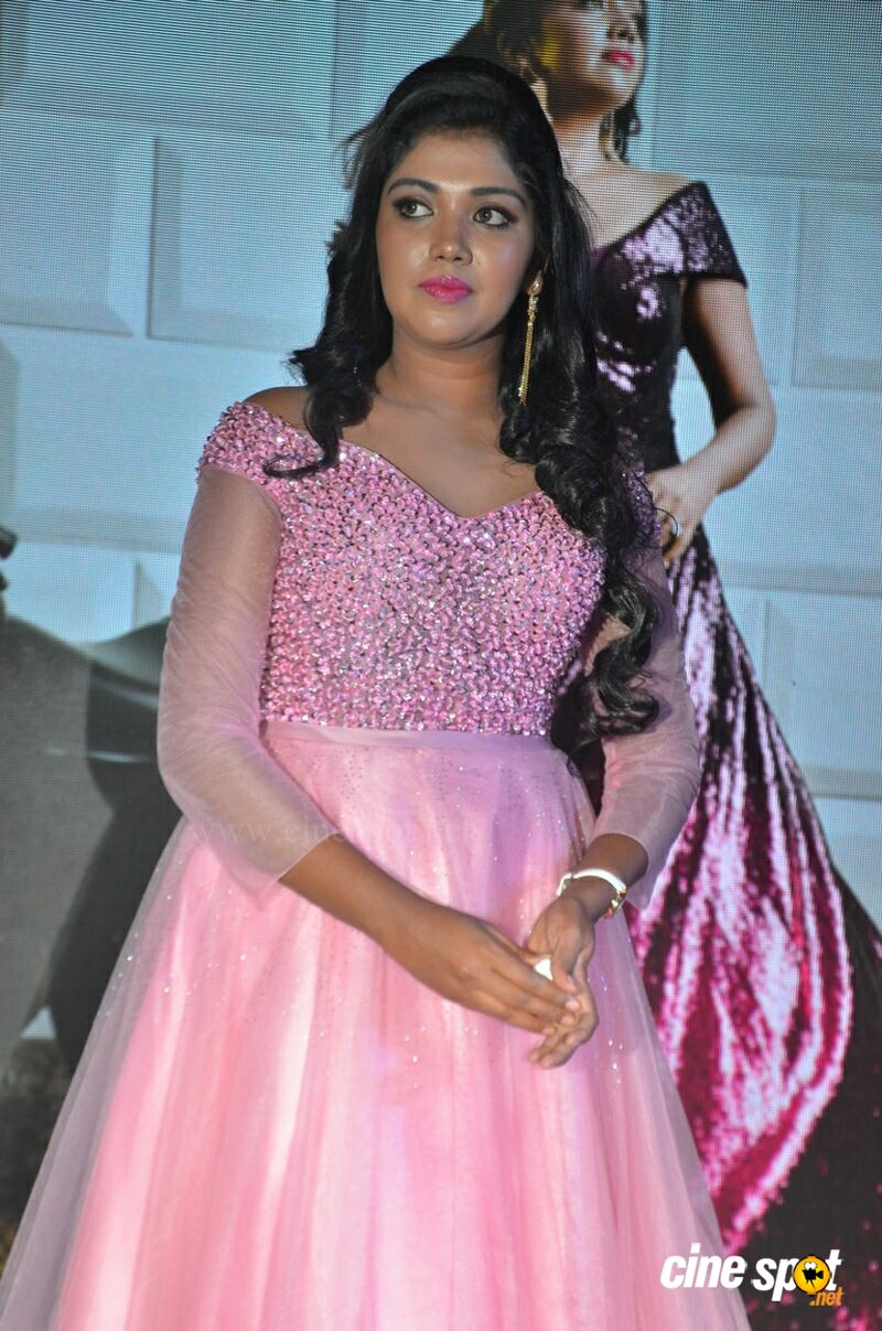 Riythvika Photos (3)