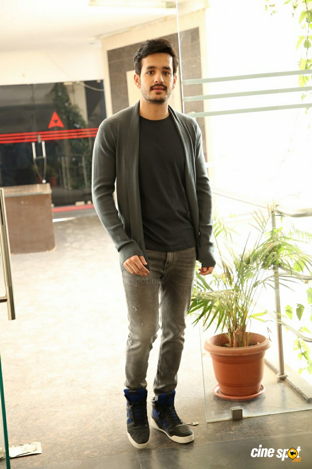 Mr Majnu Hero Akhil Akkineni Interview Photos (5)