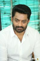 Kalyan Ram at 118 Movie Success Meet (2)