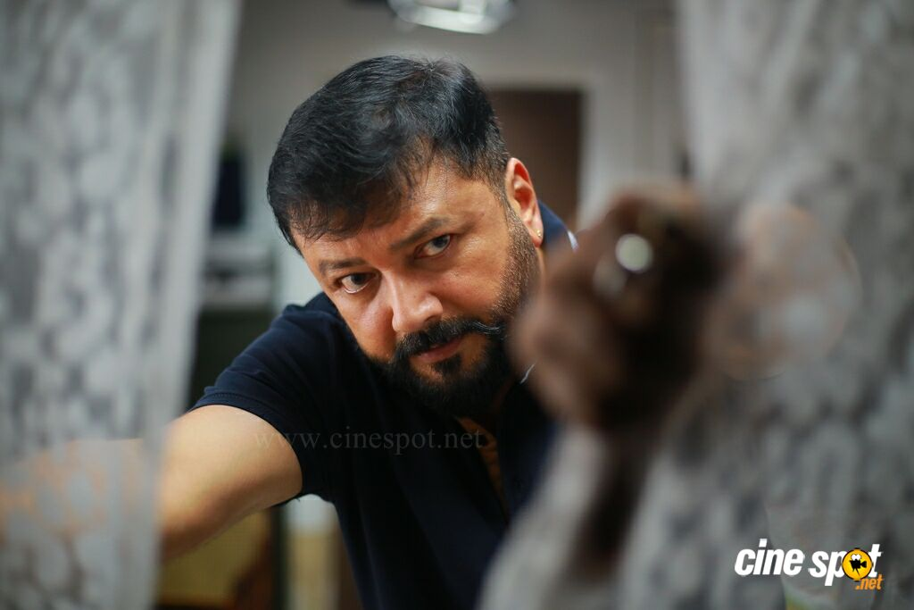 Jayaram in Grandfather (10)
