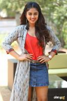 Siddhi Idnani Interview Photos (22)